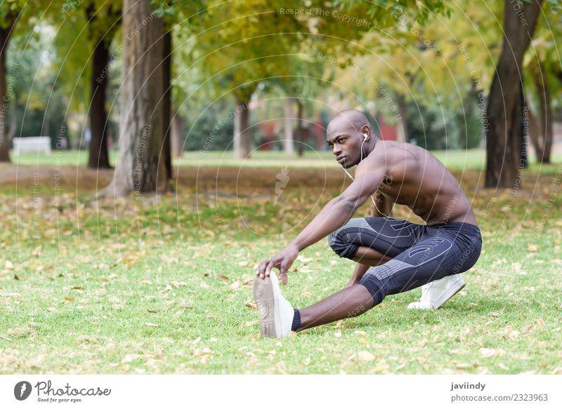 Mensch Jugendliche Mann nackt Junger Mann Erotik 18-30 Jahre schwarz Erwachsene Lifestyle Sport maskulin Körper Fitness stark Kopfhörer