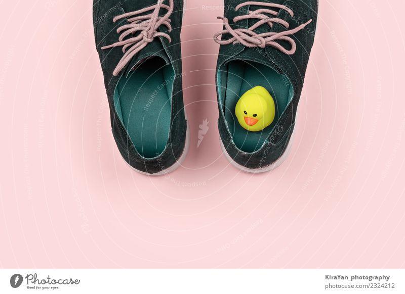 Herrenschuhe mit gelber Gummiente Stil Glück Gesundheitswesen Entertainment Feste & Feiern Büro Mann Erwachsene Mode Stiefel Badeente lustig modern blau rosa