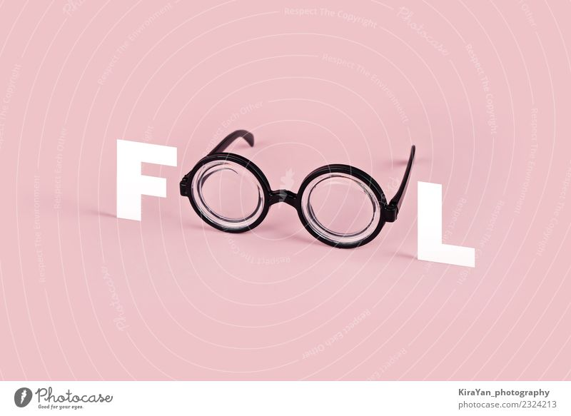 Farbe Freude Auge lustig Stil Mode rosa Textfreiraum modern Idee Brille Symbole & Metaphern Postkarte Kunststoff Wort Surrealismus