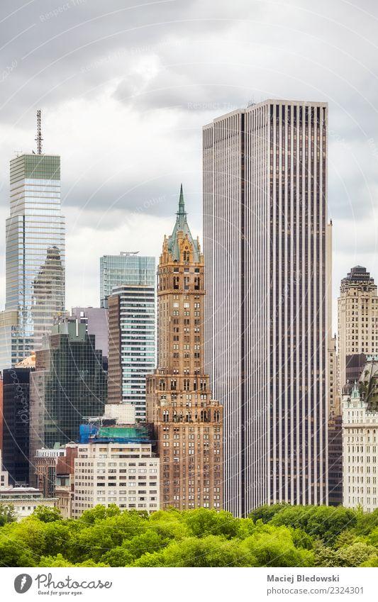 Manhattanische Architektur, New York City, USA Häusliches Leben Wohnung Arbeit & Erwerbstätigkeit Arbeitsplatz Büro Himmel Stadt Stadtzentrum Hochhaus