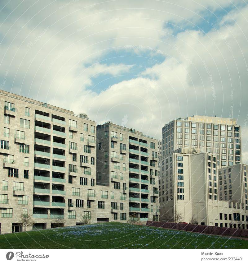 Berlin-Mitte Potsdamer Platz Stadt Architektur modern Hochhaus trist Stadtzentrum Hauptstadt Plattenbau Haus bevölkert Neubau Europa Moderne Architektur