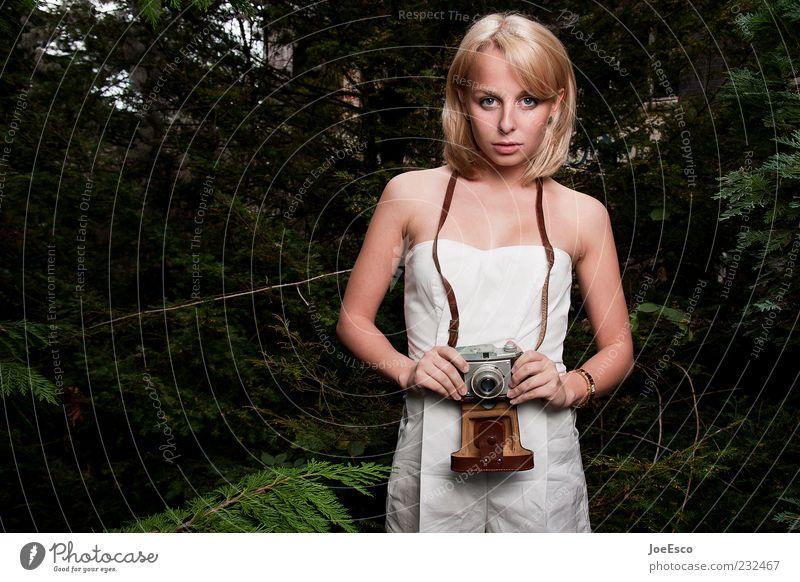 #232467 Frau Mensch Natur Jugendliche alt schön Ferien & Urlaub & Reisen Wald Leben Gefühle Stil Erwachsene Zufriedenheit blond warten Freizeit & Hobby