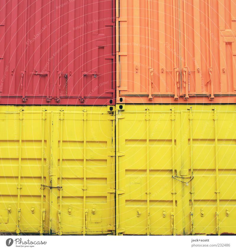 ISO 668 Container rot gelb Linie Metall orange Ordnung geschlossen einfach Güterverkehr & Logistik fest Lager eckig Kette Symmetrie Container Farbenspiel