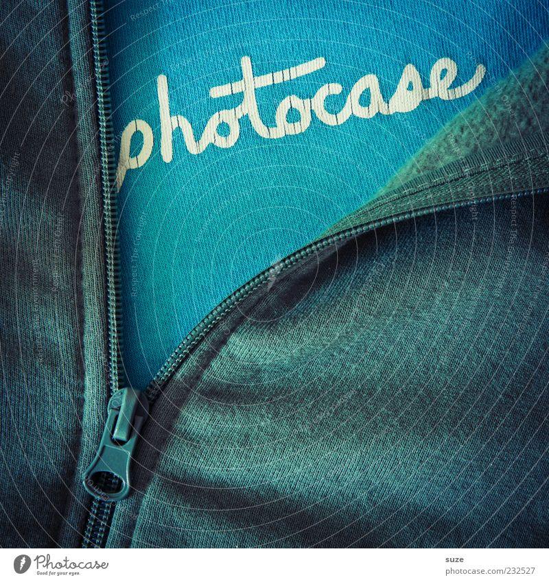 *1.200* Good for your eyes. Bekleidung Pullover Jacke Stoff Schriftzeichen lustig blau grün Kreativität photocase Logo Baumwolle Reißverschluss aufmachen