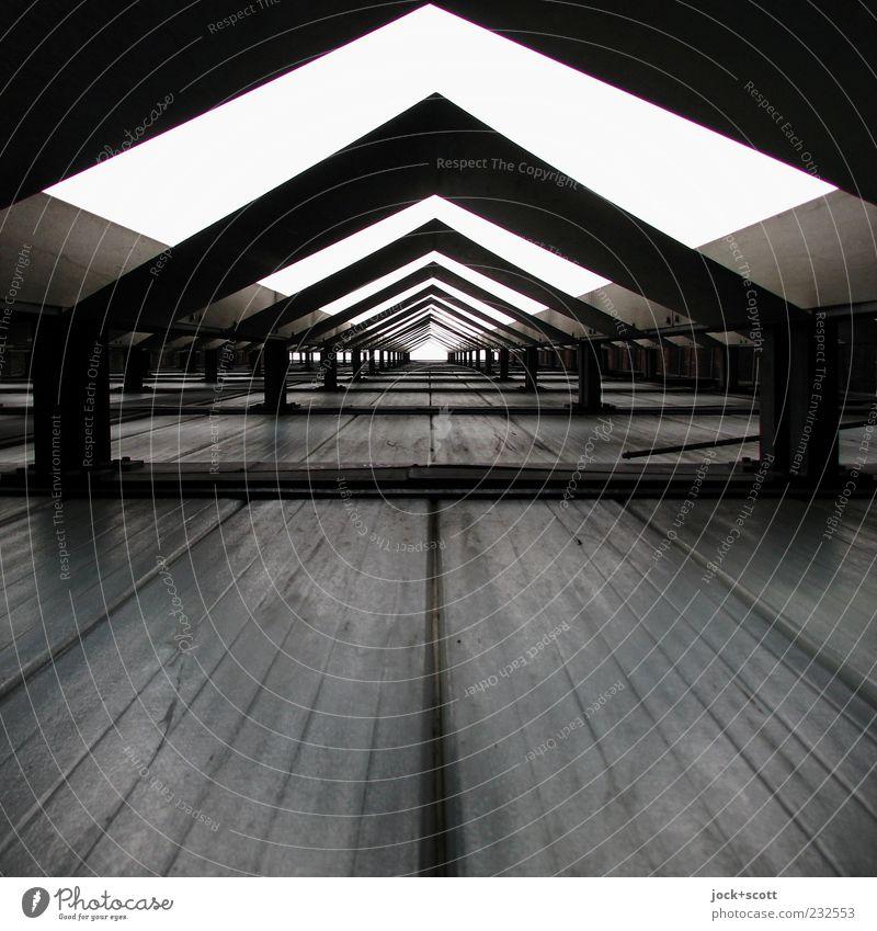 Weg nach Irgendwo Wand Fassadenverkleidung Dekoration & Verzierung Metall eckig hoch lang viele Mittelpunkt Tunnelblick Dreieck gerade DDR abstrakt