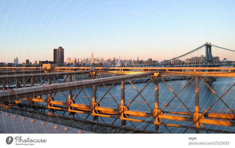 Brooklyn Bridge | Manhattan Himmel Ferien & Urlaub & Reisen Stadt Architektur Tourismus Verkehr Hochhaus USA Schönes Wetter Brücke Macht Sehenswürdigkeit