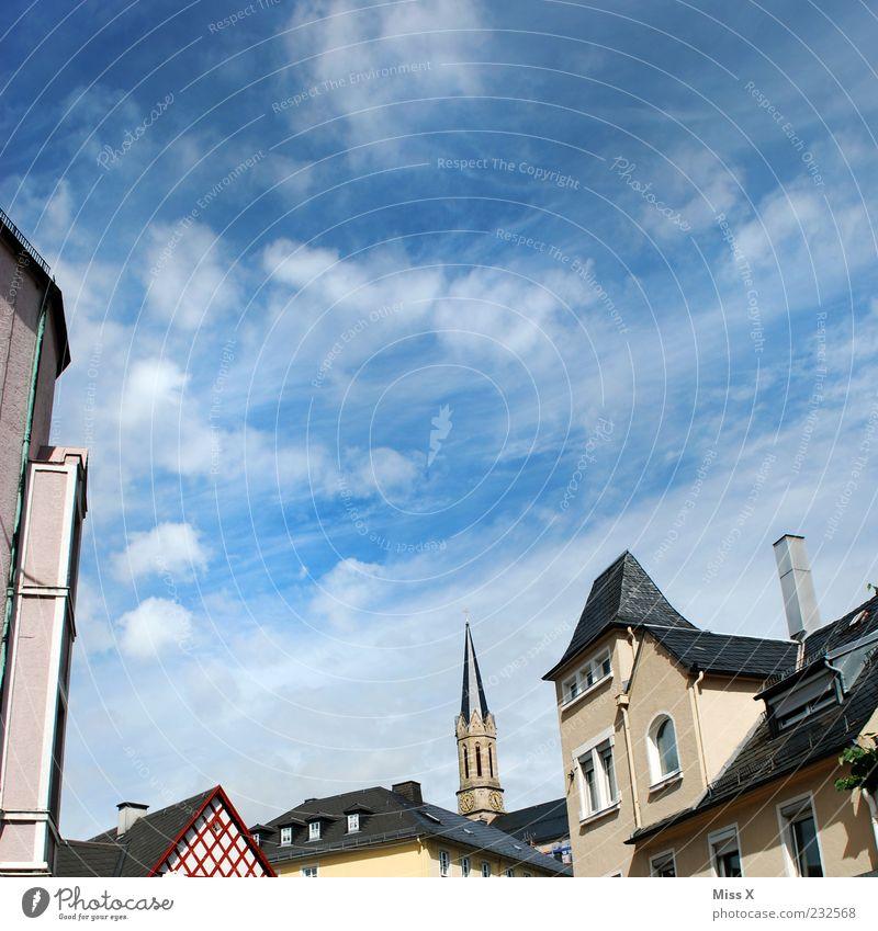 Vergess fei ned wuhsd herkummsd - Münchberg Himmel Wolken Kleinstadt Stadt Stadtzentrum Altstadt Haus Kirche Gebäude Architektur Heimat Fachwerkhaus Dach