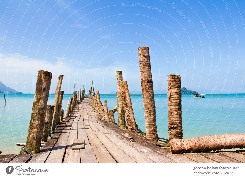 Landungsbrücke der Fischer Himmel blau Wasser Sommer Meer Strand Wolken Ferne gelb Landschaft Holz Küste braun Insel Brücke Hafen