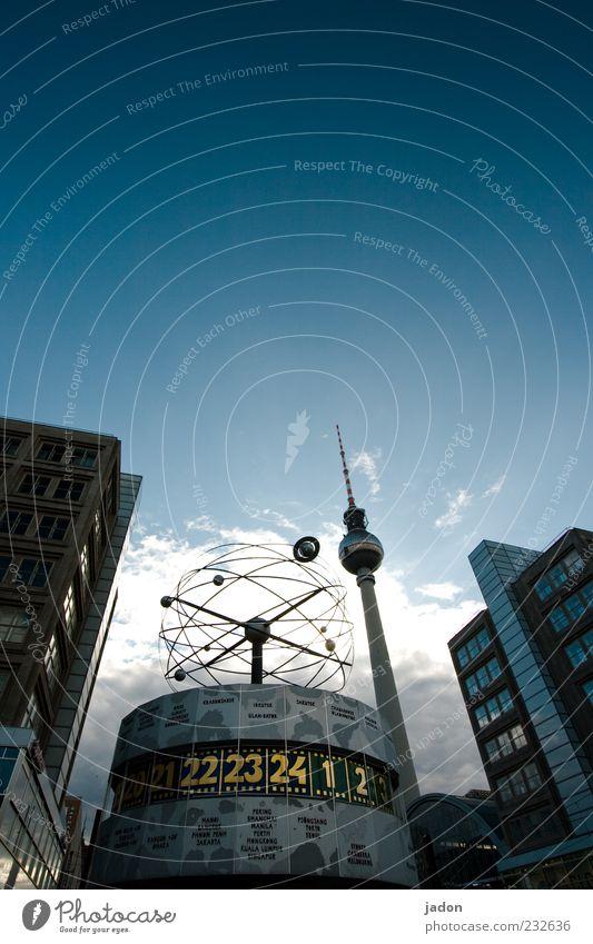 worldvision Haus Berlin Stein Zeit Fassade hoch groß Uhr Tourismus Hochhaus Zukunft Turm rund Kommunizieren Telekommunikation lang