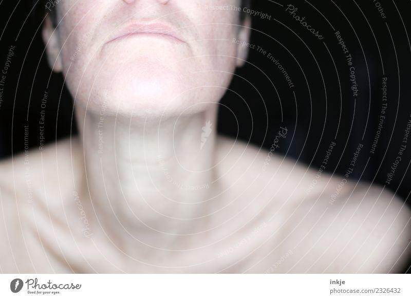 Nahaufnahme eines weiblichen Munds schön Körperpflege Haut Gesundheit Sinnesorgane ruhig feminin Frau Erwachsene Leben Gesicht Frauenhals 1 Mensch 30-45 Jahre