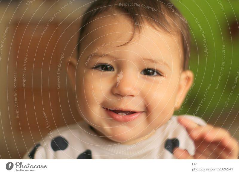 Ich habe Zähne. Freude Leben Muttertag Mensch Kind Baby Kleinkind Eltern Erwachsene Geschwister Familie & Verwandtschaft Partner Kindheit Freundlichkeit frisch