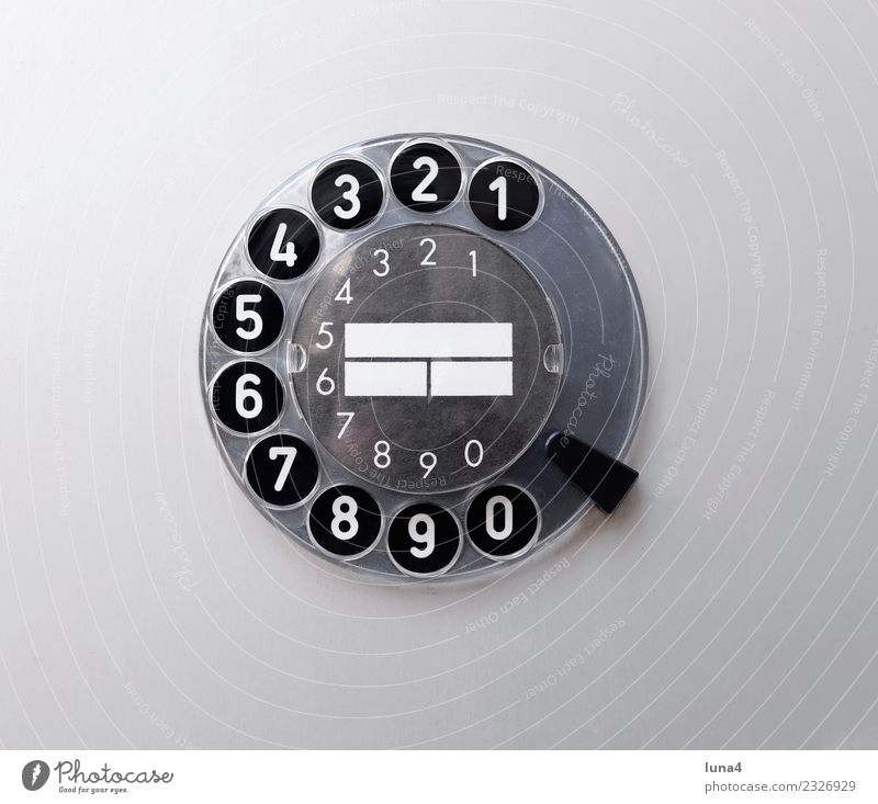 analoge Wählscheibe weiß schwarz grau Textfreiraum retro Technik & Technologie Telekommunikation historisch Vergangenheit Ziffern & Zahlen Telefon