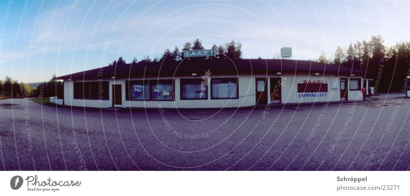 Finnische Bar Einsamkeit groß Verkehr Panorama (Bildformat) Finnland