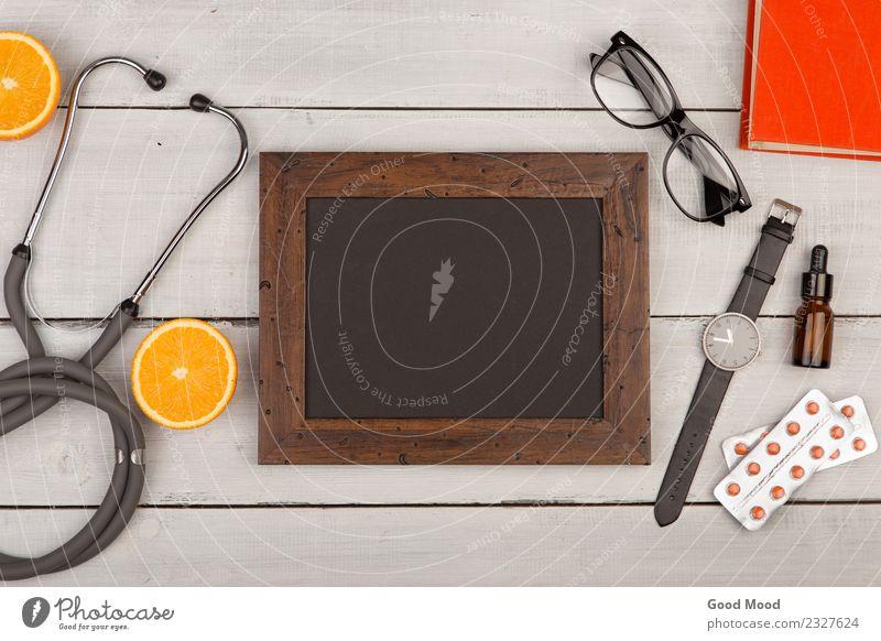 leere Tafel, Pillen, Buch, Stethoskop, Brille, Brille Lifestyle Gesundheitswesen Behandlung Krankheit Medikament Leben Tisch Arzt Krankenhaus Business Holz