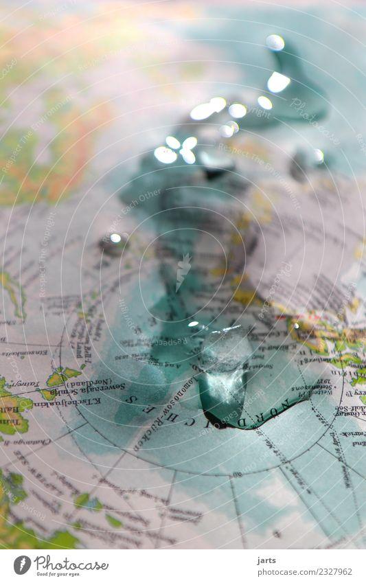 zu warm Umwelt Wasser Klima Klimawandel Eis Frost Wärme Küste Bucht Meer bedrohlich kalt nass Sorge Umweltschutz tauen Nordpol Eisberg Farbfoto Gedeckte Farben