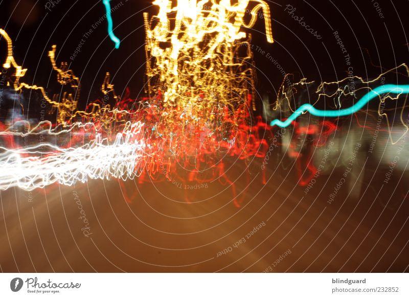 Ride The Lightning Verkehr Straße Bewegung Geschwindigkeit mehrfarbig Farbfoto Außenaufnahme Experiment Menschenleer Abend Nacht Kunstlicht Kontrast