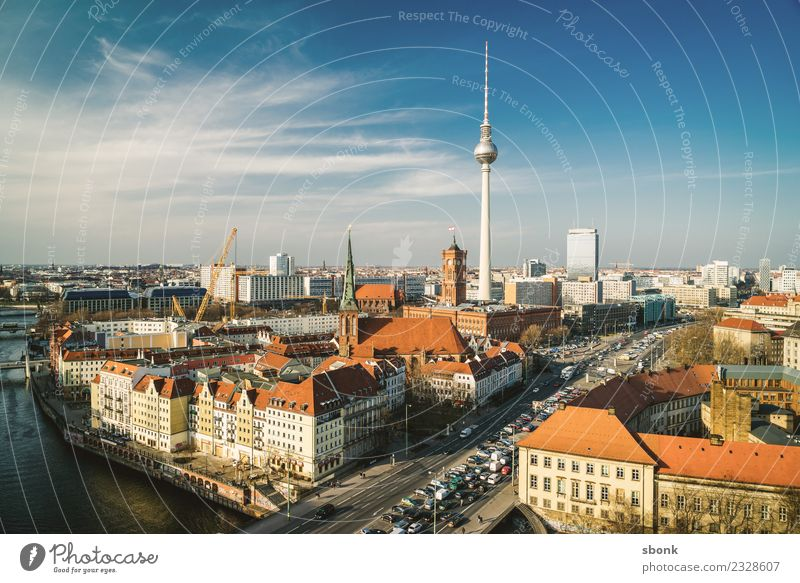 Berlin Ferien & Urlaub & Reisen Stadt Deutschland Skyline Berliner Fernsehturm Großstadt