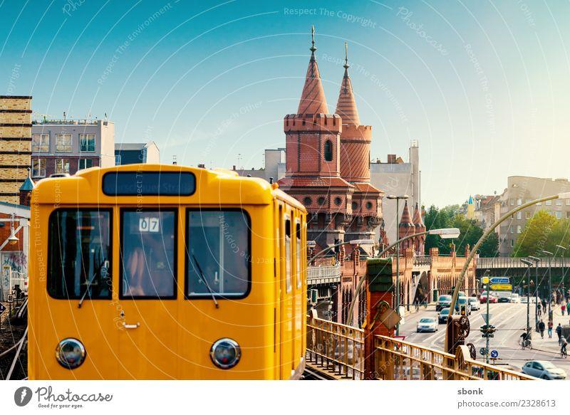 Berliner S-Bahn Ferien & Urlaub & Reisen Stadt Deutschland Brücke Turm Skyline U-Bahn Großstadt Straßenbahn Kreuzberg Schienenverkehr Friedrichshain