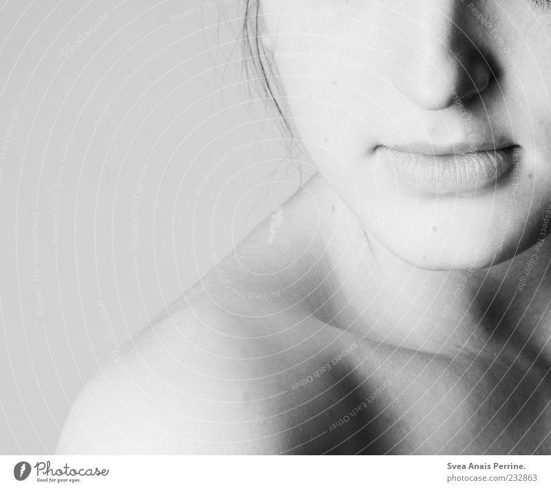 auschnitt. Mensch Frau Jugendliche schön Gesicht Erwachsene feminin nackt Stil elegant Haut Mund Nase außergewöhnlich Lifestyle 18-30 Jahre