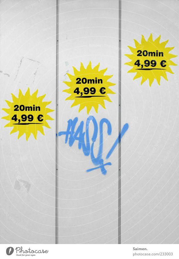 20 min. Hass für 4,99 Mauer Wand Fassade taggen Sonderangebot Angebot Graffiti Preisschild Gefühle Ablehnung Wort Farbfoto mehrfarbig Außenaufnahme Tag