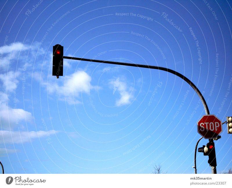 Ampel Wolken Schilder & Markierungen Verkehr Mischung Stoppschild