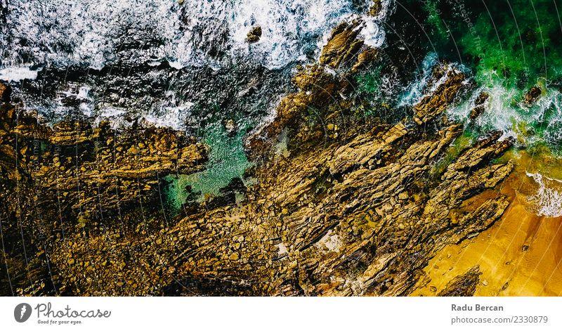 Luftaufnahme der Meereswellen Zerkleinerung Umwelt Natur Landschaft Sand Wasser Sommer Wetter Schönes Wetter Felsen Wellen Küste Strand Ferien & Urlaub & Reisen