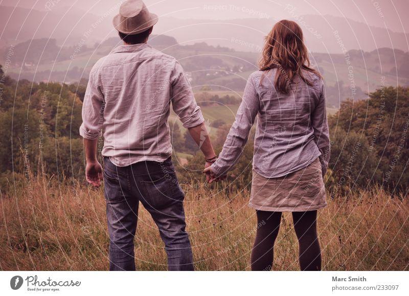 Eternity Hills Mensch Frau Mann Natur Ferien & Urlaub & Reisen Sommer Erwachsene Ferne Umwelt Landschaft Berge u. Gebirge Freiheit Glück Paar Freundschaft Zusammensein