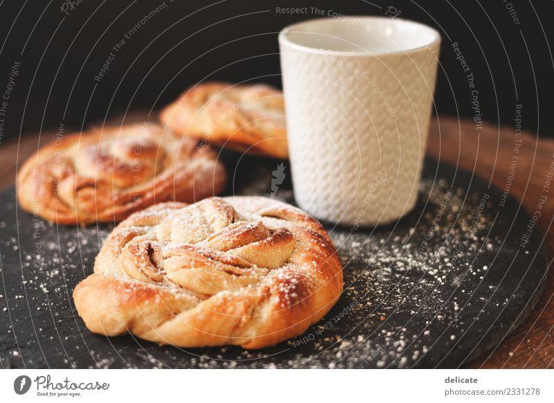 Zimtschnecke III Lebensmittel Getreide Teigwaren Backwaren Croissant Kuchen Süßwaren Ernährung Essen Frühstück Mittagessen Kaffeetrinken Büffet Brunch