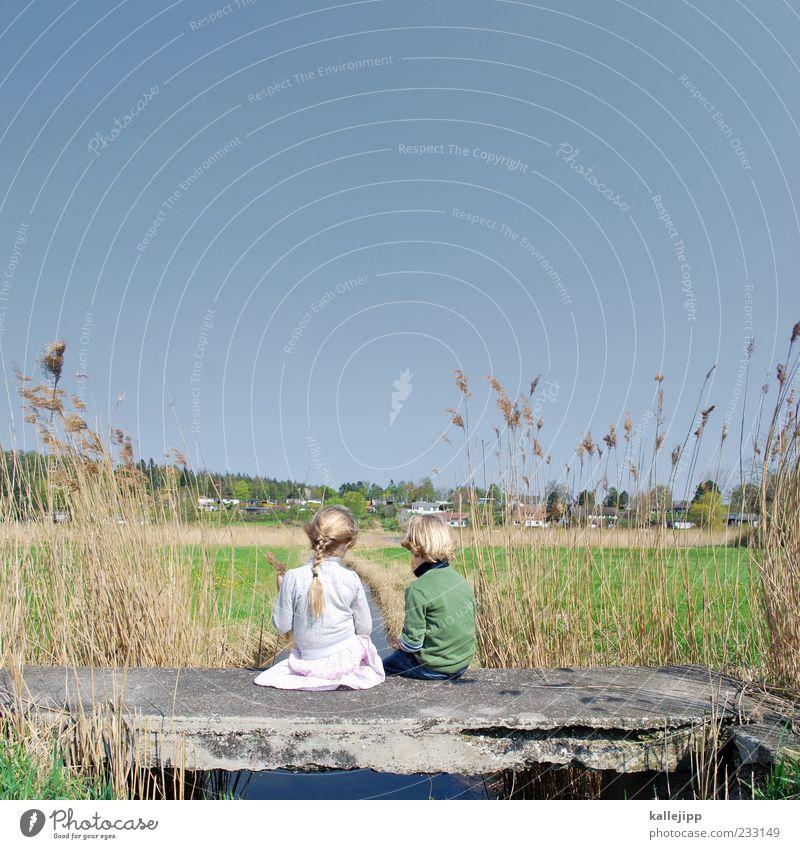 over the hills Mensch Kind Natur Wasser Ferien & Urlaub & Reisen Mädchen Sommer Freude Umwelt Wiese Leben Landschaft Spielen Junge Glück Freundschaft