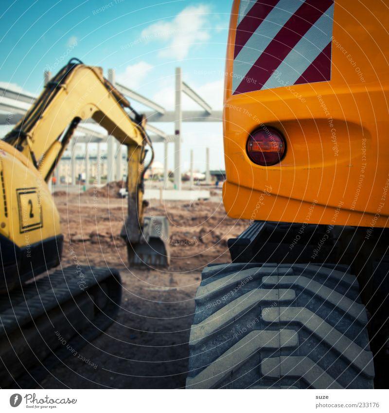 Baggerspass Arbeit & Erwerbstätigkeit Arbeitsplatz Baustelle Industrie Mittelstand Feierabend Schönes Wetter gelb Baugrundstück Baggerschaufel Greifer Reifen