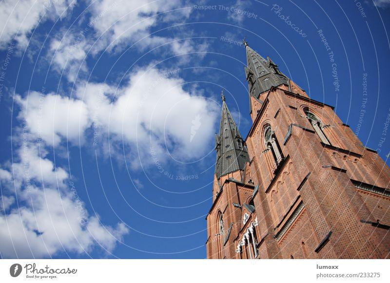 peak performance Himmel blau Sonne Sommer Wolken Ferne Architektur Luft braun hoch Design Tourismus Kirche Europa Spitze Bauwerk
