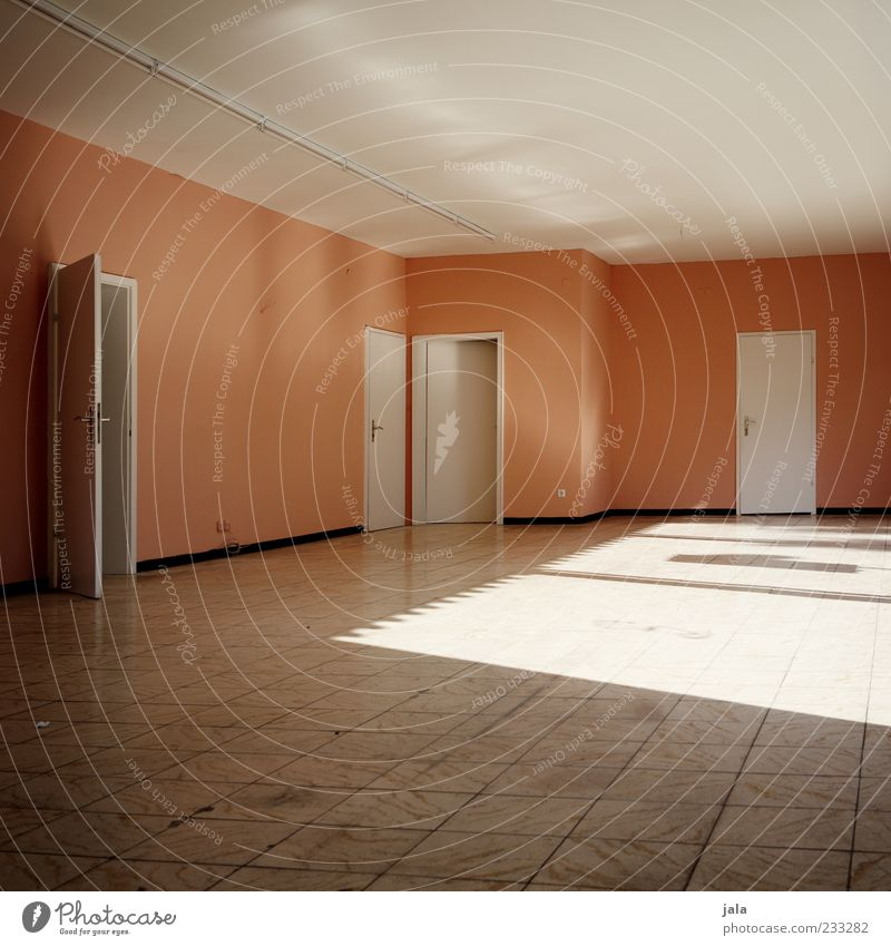 lightroom weiß Wand Tür Raum rosa leer Bodenbelag trist Umzug (Wohnungswechsel) Fliesen u. Kacheln Decke