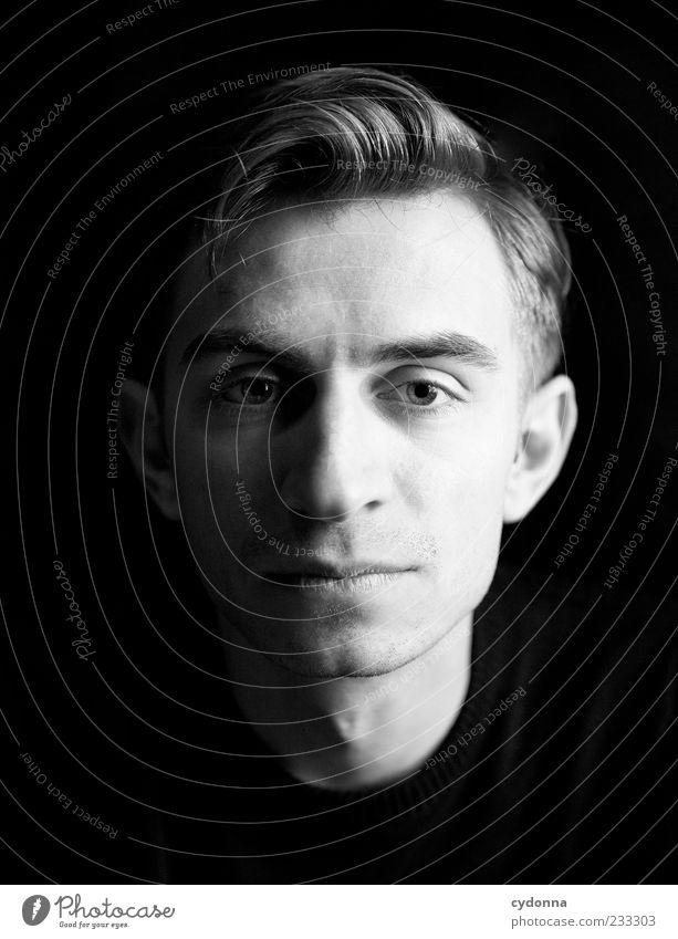 R. Mensch Jugendliche schön Gesicht Erwachsene Gefühle Haare & Frisuren elegant ästhetisch Lifestyle 18-30 Jahre einzigartig Junger Mann Identität klassisch Perspektive