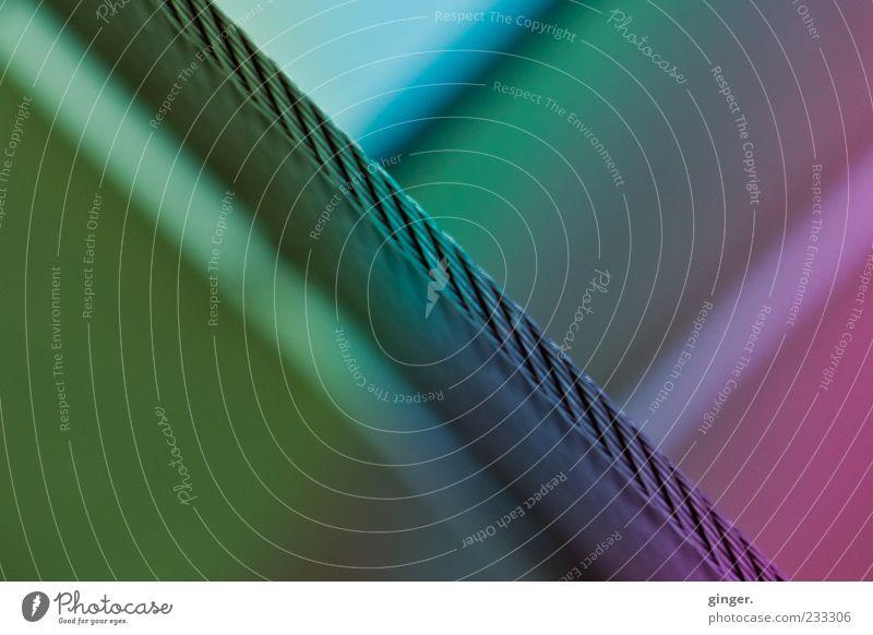 Farbenspiel Architektur Treppe Geländer Stahlkabel Treppenhaus Verlauf Farbverlauf gedreht abstrakt regenbogenfarben