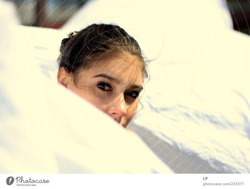 Mensch Frau Jugendliche schön Sommer Junge Frau Erholung ruhig 18-30 Jahre Strand Erwachsene Gesicht Auge Gefühle feminin Haare & Frisuren