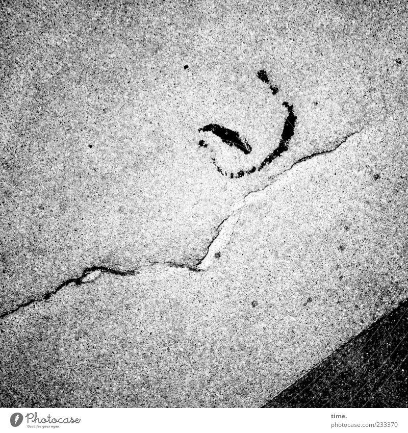 Schiffchen in schwerer See Gemälde Stein Beton ästhetisch grau einzigartig entdecken Idee Kunst skurril Surrealismus Boden Bodenbelag Asphalt Riss Ecke