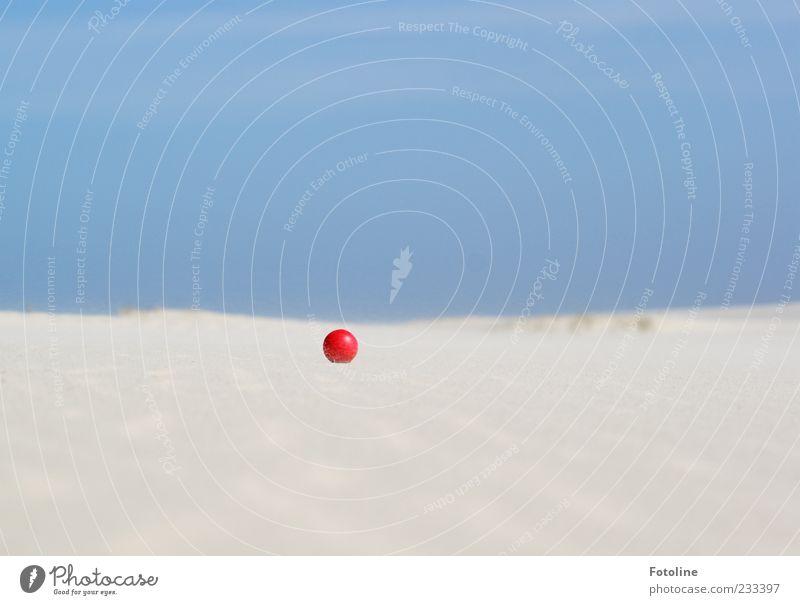 Spiekerook I - Auf der Suche nach dem Wrack! - Himmel Natur blau weiß rot Strand Umwelt Sand klein hell liegen rund Urelemente Ball Wolkenloser Himmel Sandstrand