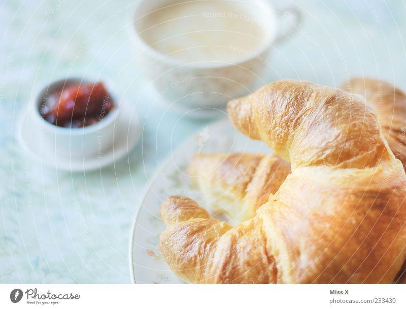 Krossong Lebensmittel Teigwaren Backwaren Croissant Marmelade Ernährung Frühstück Getränk Heißgetränk Kaffee Geschirr Teller Tasse lecker süß knusprig frisch