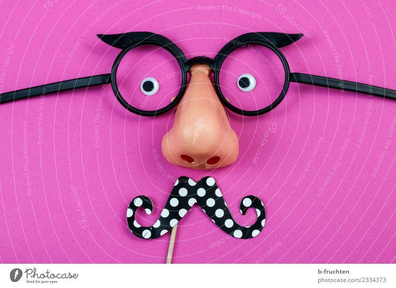 Mann mit Bart Feste & Feiern Karneval Halloween Auge Nase Maske Brille beobachten rosa Freude Requisit anonym verstecken maskulin verkleiden Farbfoto