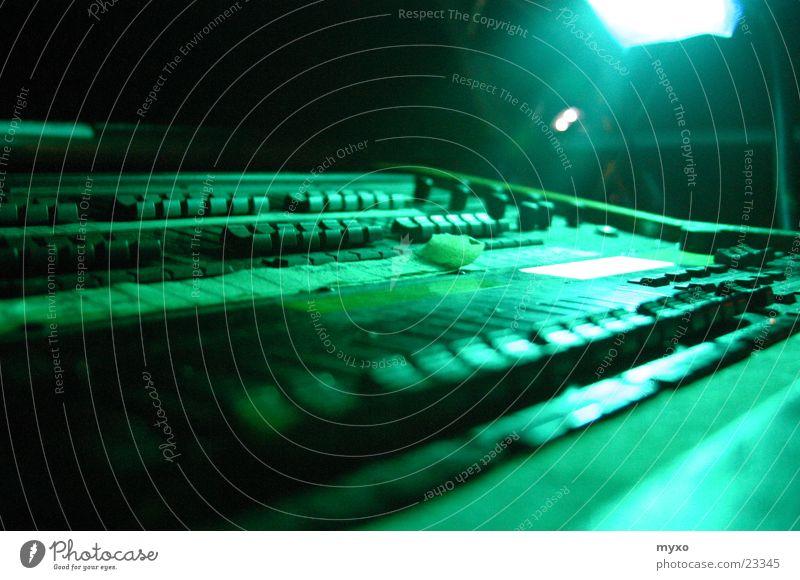 Lichtpult grün Beleuchtung Technik & Technologie Musikmischpult Regler Elektrisches Gerät