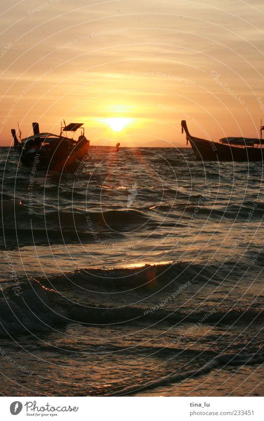 sunrise on koh phi phi Himmel Natur Wasser Ferien & Urlaub & Reisen Sonne Meer Gefühle Zufriedenheit Schifffahrt Fischerboot Wellengang
