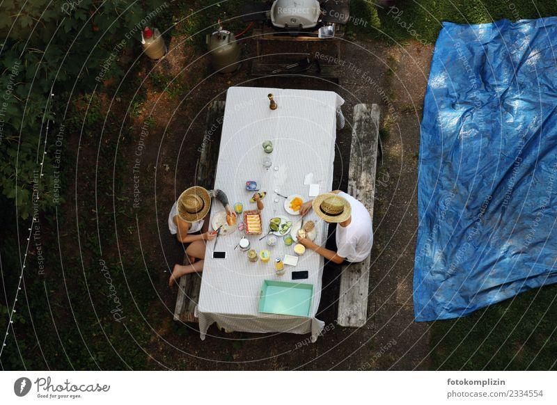 garten frühstück Mensch Erholung Garten Paar Zusammensein Freundschaft Zufriedenheit Kommunizieren sitzen Idylle genießen Lebensfreude einzigartig lecker