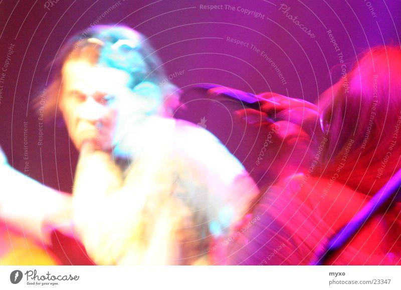 LiveAct1 live singen Gesang Club Licht Musik Schnur Unschärfe