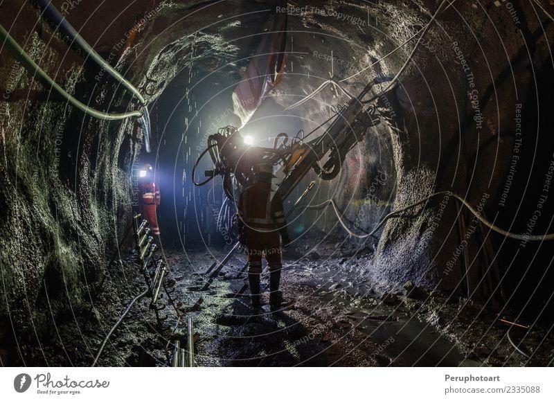 Maschinist Arbeit & Erwerbstätigkeit Beruf Industrie Business Mensch Mann Erwachsene dunkel Sicherheit Kontrolle Kohle Maschinenbau Extraktion hart Schutzhelm