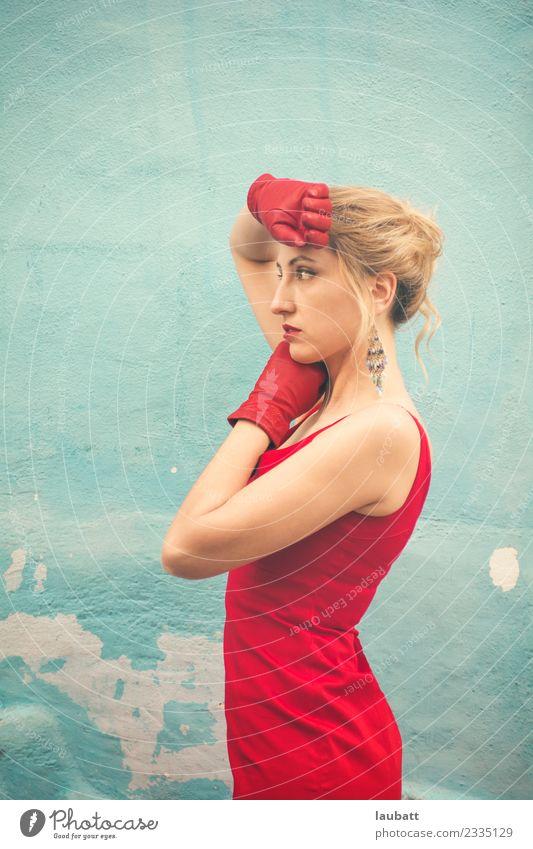 Frau Stadt schön rot Erotik Erwachsene Lifestyle feminin Stil Mode retro modern glänzend elegant blond kaufen