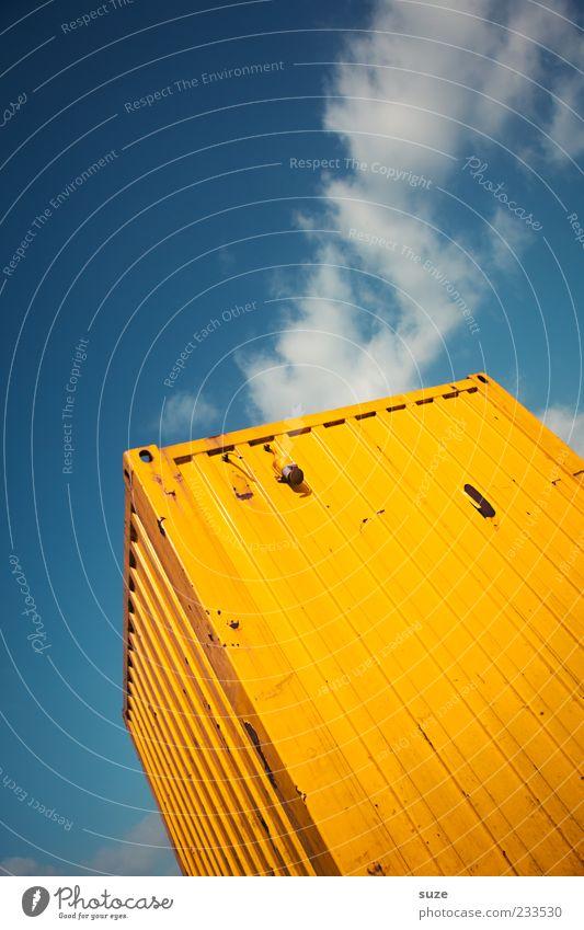 Heavy Metal Industrie Handel Güterverkehr & Logistik Himmel Wolken Container Metall eckig groß blau gelb Ladung Abstellplatz Farbfoto mehrfarbig Außenaufnahme