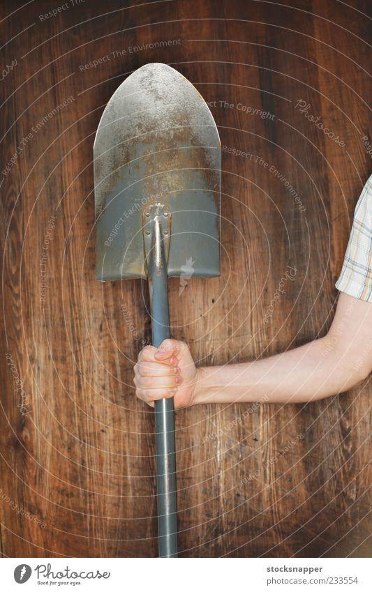 Hand alt Finger Werkzeug greifen Gartenarbeit Schaufel Spaten schaufeln Schürfen