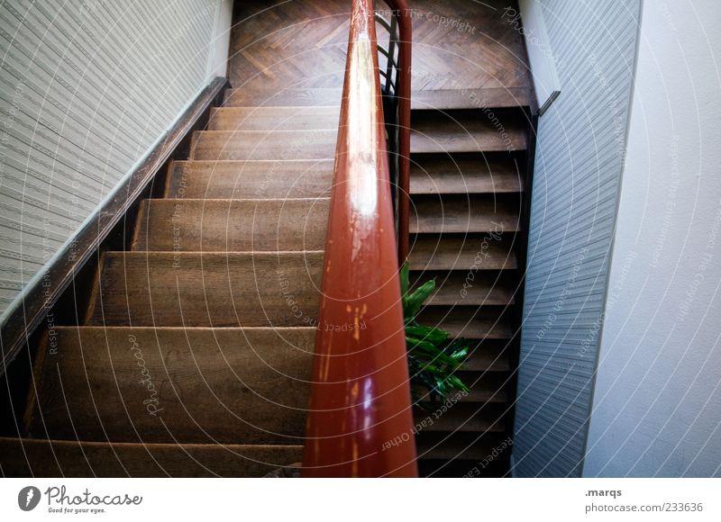 Ab alt Holz Linie Innenarchitektur Treppe Perspektive Treppengeländer Treppenhaus aufsteigen Altbau dunkelbraun