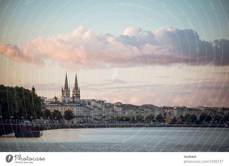 Ferien & Urlaub & Reisen Stadt Architektur Europa Ziel Skyline Wahrzeichen Frankreich Altstadt Dom Bordeaux