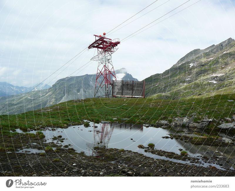 Berg- und Talfahrt Himmel Natur blau Wasser grün Sommer Wolken ruhig Erholung Umwelt Wiese Landschaft Berge u. Gebirge grau Gras Horizont